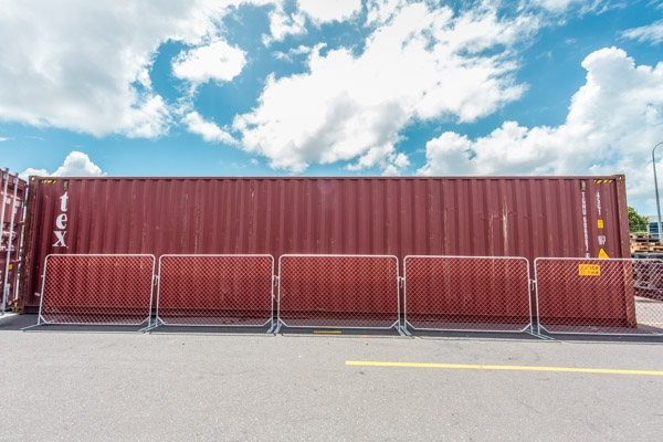 Construction Barriers - Diamond Mesh